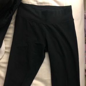 Aerie chill and play black leggings